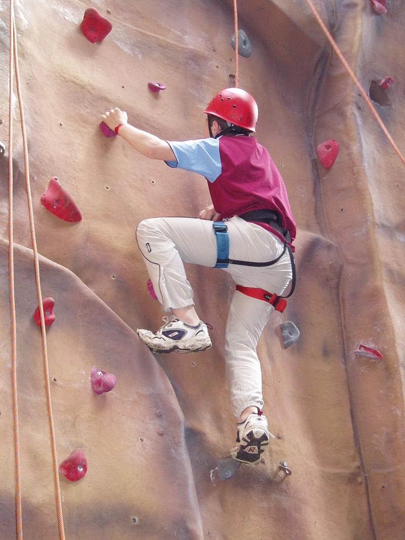 indoor-climbing-gallery-4