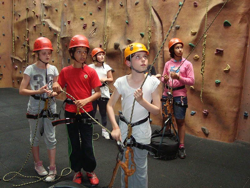 indoor-climbing-gallery-5