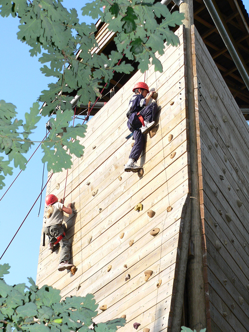 outdoor-climbing-gallery-1